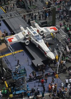 "The life-size Star Wars X-Wing fighter replica is being dubbed the world's largest Lego model and apparently took 32 ""master builders"" to put together. The model -- which reportedly weights 46,000 pounds -- took 17,000 combined hours to build."