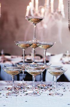 Laat de champagnekurken knallen! #HappyNewYear
