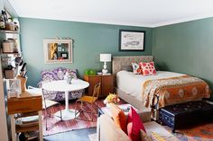 Ximena Ramirez's Washington Heights, New York City Home Tour  #theeverygirl