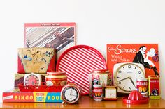 Fantastic Retro Color Groupings in Hilda Grahnat Photo Series 'Vintage by Colour'