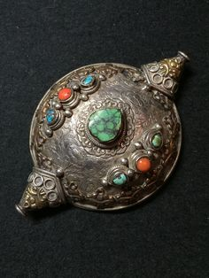 Silver hair ornament. Tibet. 19th c. Private collection