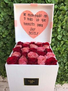 Flower Box Gift, Flower Boxes, Dear Boyfriend, Flower Bouquet Diy, Diy Gift Box, Colorful Wallpaper, Valentines Diy, Love Messages, Birthday Decorations