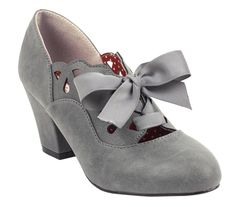 With a soft look and feel, the slate grey B.A.I.T. Hermosa Heel is living up to its name!