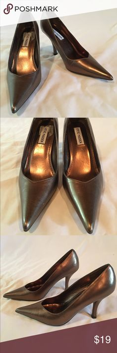 Steve Madden Bronze Pumps Heels Size 7.5 Steve Madden Bronze Pumps Heels Size 7.5. There is some wear see pics. Still beautiful. Steve Madden Shoes Heels