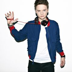 Listen to music from Conor Maynard like Hate How Much I Love You, Don't Let Me Down & more. Find the latest tracks, albums, and images from Conor Maynard. Jack And Conor Maynard, British Youtubers, I Still Love Him, Girls Album, Music Express, Beautiful Voice, Dance Music, Cute Boys, Cool Hairstyles