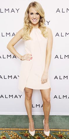 Look of the Day - January 25, 2014 - Carrie Underwood in Adeam #InStyle
