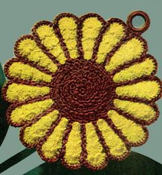 Sunflower Potholder - free crochet pattern