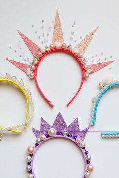 at These Mermaid Crowns, Aren't They Neat? Look at These Mermaid Crowns, Aren't They Neat?Look at These Mermaid Crowns, Aren't They Neat? Mermaid Theme Birthday, Little Mermaid Birthday, Little Mermaid Parties, Mermaid Party Favors, Mermaid Party Costume, Little Mermaid Costumes, Mermaid Crafts, Mermaid Diy, Mermaid Crowns Diy