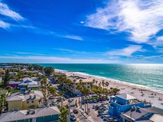 Located 100 m from Cortez Beach and 300 m from Bradenton Beach Marina, The Anna Maria Island Beach Sands 101 offers accommodations in Bradenton Beach. A TV is featured. Other facilities at The Anna Maria Island Beach Sands 101 include a barbecue. Bradenton Beach, Venice Florida, Florida Hotels, Anna Maria Island, Great Hotel, Outdoor Swimming Pool, Hotel Suites, Best Western, Island Beach