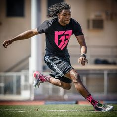"""adidas RG3 Signature Cleat """"Mother's Day"""" PE"""