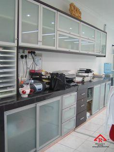 Reliance Home aluminum cabinet Aluminum Kitchen Cabinets, Kitchen Cabinet Door Styles, Aluminium Kitchen, Modern Kitchen Cabinets, Glass Cabinet Doors, Kitchen Cabinet Design, Kitchen Cabinets Sliding Doors, Kitchen Room Design, Modern Kitchen Design