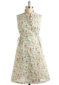 """I love this dress from Mod Cloth... it's what my grandmother and her sisters would call a """"house dress."""" So cute and simple."""