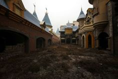 Abandoned by Disney | china abandoned disneyland Abandoned places: 20 of the most creepiest ...