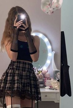 Swaggy Outfits, Edgy Outfits, Teen Fashion Outfits, Retro Outfits, Grunge Outfits, Cute Casual Outfits, Girl Outfits, Aesthetic Grunge Outfit, Aesthetic Clothes