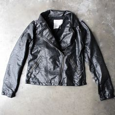 faux leather moto jacket with design - shophearts - 1