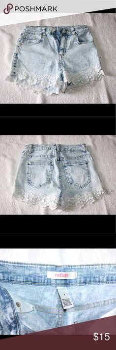 Charlotte rouse acid wash lace shorts ✨OPEN FOR OFFERS✨ Really cute refuge (Charlotte rouse) acid washed shorts with lace details. Worn a couple of times but still in good condition. They no longer fit me and are too cute to stay in my drawers. Size 4 with stretchy material! refuge Shorts Jean Shorts