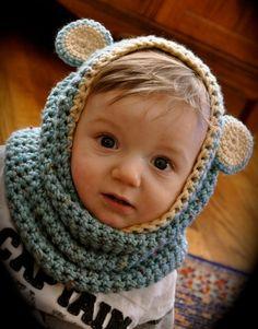 Cute-as-a-button baby cowls