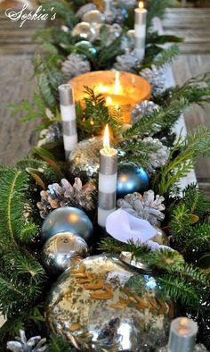 an easy christmas centerpiece, christmas decorations, seasonal holiday decor Silver Christmas, Simple Christmas, All Things Christmas, Christmas Holidays, Christmas Crafts, Christmas Ideas, Holiday Ideas, Christmas Booth, Celebrating Christmas