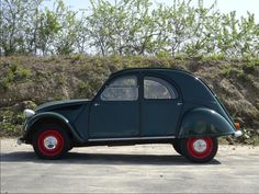 1962 citroen 2cv Maintenance/restoration of old/vintage vehicles: the material for new cogs/casters/gears/pads could be cast polyamide which I (Cast polyamide) can produce. My contact: tatjana.alic@windowslive.com