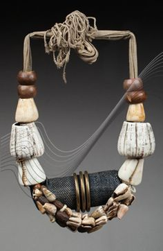 Philippines | Belt from the Bontoc women; shells, brass, seeds, fabric and natural fiber | HP 1'300€ ~ sold (Nov '15) // 136032292814