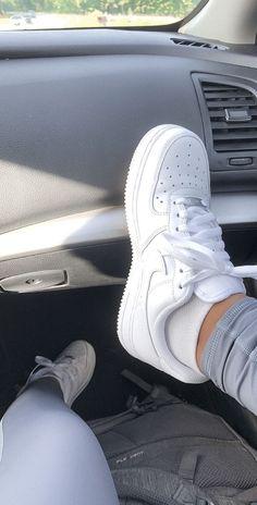 Dr Shoes, Cute Nike Shoes, Cute Nikes, Cute Sneakers, Nike Air Shoes, Hype Shoes, Shoes Sneakers, Sneakers Urban, Shoes Tennis