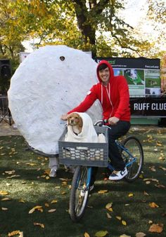 E.T. and Elliot, complete with the moon.   28 Adorable Ways To Dress Up With Your Dog This Halloween