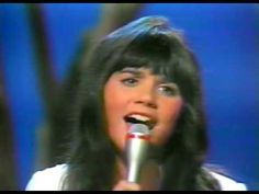 Linda Ronstadt - When Will I be Loved Live - YouTube