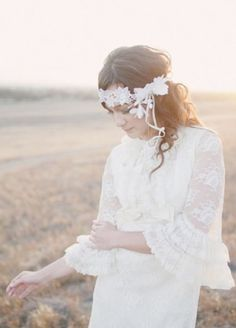 57 Inspiring Boho-Chic Bridal Headpieces   HappyWedd.com