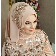 Hijab is elegant Muslim outerwear that will add breathtaking charm on your modern wearing. Hijab can Muslimah Wedding Dress, Muslim Wedding Dresses, Hijab Bride, Muslim Brides, Girl Hijab, Muslim Girls, Turban Hijab, Hair Turban, Hijab Dress