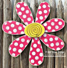 Ready for Spring? Here is one of our most popular pieces, our LARGE sized Daisy Flower  Measures 22, perfect size for your front door, Garden