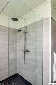 badrum,våtrumsmatta,duschvägg,takdusch,badrumsinspiration