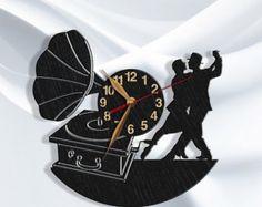 Artículos similares a Dancer Clock Gift BIG Wood Non-ticking, Tango Dance LARGE Wall Art Decor Wood, Dancing School. Metal Wall Decor, Wall Art Decor, Record Crafts, Vinyl Record Clock, Diy Clock, Wood Clocks, Vinyl Art, Etsy, Hand Painted