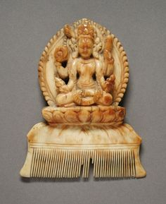 Comb with the Hindu God Vishnu Nepal, circa 1725 Jewelry and Adornments; combs Ivory
