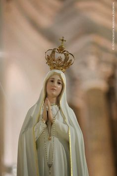 Mother Mary Pictures, Catholic Pictures, Religion Catolica, Creativity Quotes, Blessed Virgin Mary, Blessed Mother, Signs, Our Lady, Statues