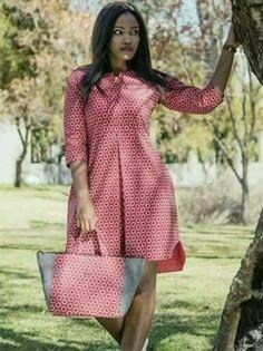 african print dresses Dress and bag to match, Ankara dress, African print dress, women dress, knee length dress Latest African Fashion Dresses, African Dresses For Women, African Print Dresses, African Print Fashion, African Attire, African Wear, Dress Fashion, Ankara Fashion, African Prints