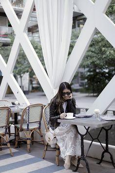 Modern Romantic — Allure of Simplicity  #Styleteller #SashionStyle