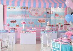 Veja convites, bolos, doces, lembrancinhas e decorações para fazer uma linda festa de confeitaria! Ideias lindas que você pode reproduzir em casa!