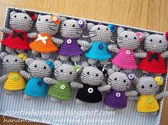 lots of work - wow!. - originally pinned from Ravelry - no pattern available but cute