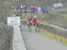 on ne rigole pas avec le tour de France ! http://www.15heures.com/gif/zGz5k #WIN