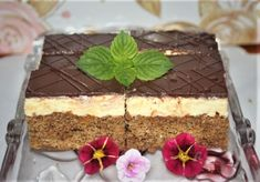 Nanukové rezy, Zákusky, recept | Naničmama.sk Tiramisu, Ethnic Recipes, Basket, Tiramisu Cake