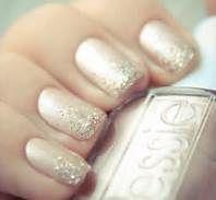 Sparkly wedding nails  #weddingnails #myweddingmusic