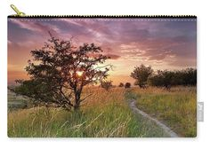 Sunset on the meadow, motive on pouch. For more pictures and materials visit my website. #fineartprint #sunsetonthemeadow #magicalsunset Photography Awards, Fine Art Photography, Pencil Case Pattern, Julia Margaret Cameron, Hummingbird Pictures, School Pens, What Is Advertising, Pin Pin, Travel Photographer