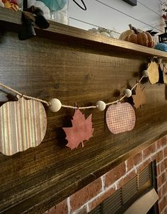 I love the Fall season with all of its glorious colors and enjoy adding little Autumn touches to my home for the mo… Fall Garland, Halloween Garland, Fall Banner, Diy Garland, Fall Halloween, Garland Ideas, Halloween 2020, Garlands, Halloween Ideas