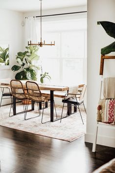 Wondering what's on the horizon for Here are a few of our predictions for new 2020 interior design trends! Everything from an uprise in arches, to wall textiles, terrazzo, natural fibres, and disappearing feature walls! Dining Table Chairs, Dining Area, Mismatched Dining Chairs, Dining Rooms, Upholstered Walls, Door Design Interior, Dining Room Design, Wicker, Design Trends
