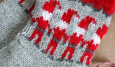 Tonttusukat - neulo lämmin joululahja Mittens, Blanket, Crochet, Knitting Ideas, Socks, Tricot, Fingerless Mitts, Fingerless Mittens, Ganchillo
