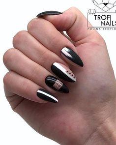 Latest and Hottest Matte Nail Art Designs Ideas Trendy Elegant Long Matte Nails Art Inspirat. Black White Nails, Black Nail Art, Black And White Nail Designs, Glue On Nails, My Nails, Hair And Nails, Nail Art Designs, Nails Design, Matte Nail Art