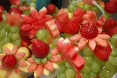 Hay algo más #saludable que una fruta bien presentada @entulínea #adelgazar disfrutando de la #comida