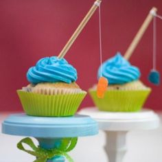 fishing cupcakes would be a hit with some of the boys in my family :)
