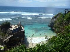 13 tips for traveling to Bali for newbies thailand travel tips traveling to thailand Thailand Travel Tips, Bali Travel, Travel Abroad, Komodo Island, Gili Island, Places To Travel, Places To Go, Bali Baby, Bali Honeymoon