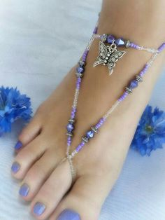 Fashion Anklets Bracelets - Add flare to your style, express your creativity Beaded Foot Jewelry, Ankle Jewelry, Beaded Sandals, Beaded Anklets, Body Jewelry, Jewelry Art, Jewelry Design, Beaded Bracelets, Handmade Jewelry